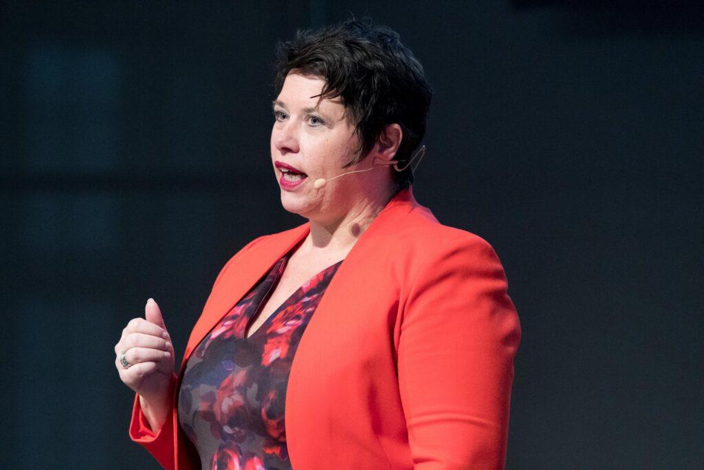 Keynote Speaker Miriam Notten